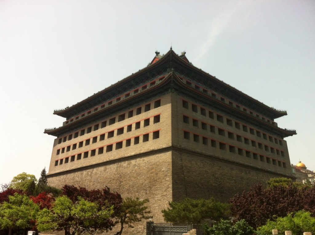 Dongbianmen Watchtower (Fox Tower), where Pamela's body was found, still stands by the East Second Ring Road, on the opposite side of where I used to live.
